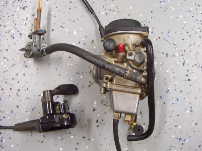 Suzuki Vinson Carburetor