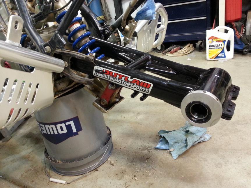 F S 1 Swing Arm Janssen Suzuki Z400 Forum Z400 Forums