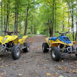 Riding with my buddies 87 quadzill fall 2018